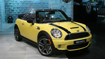 Mini Cooper Convertible at 2009 Detroit Auto Show