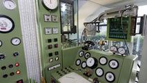 Historic Mercedes-Benz engine test bench - meters and gauges 07.05.2010