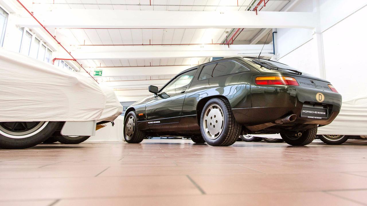 Porsche 928-4