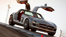Mercedes SLS AMG, ML450 Hybrid to Debut in Los Angeles