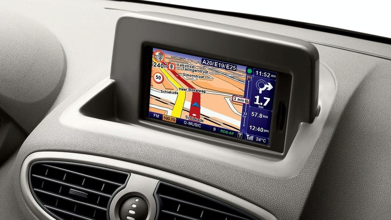 Renault Clio facelift Carminat TomTom navigation system