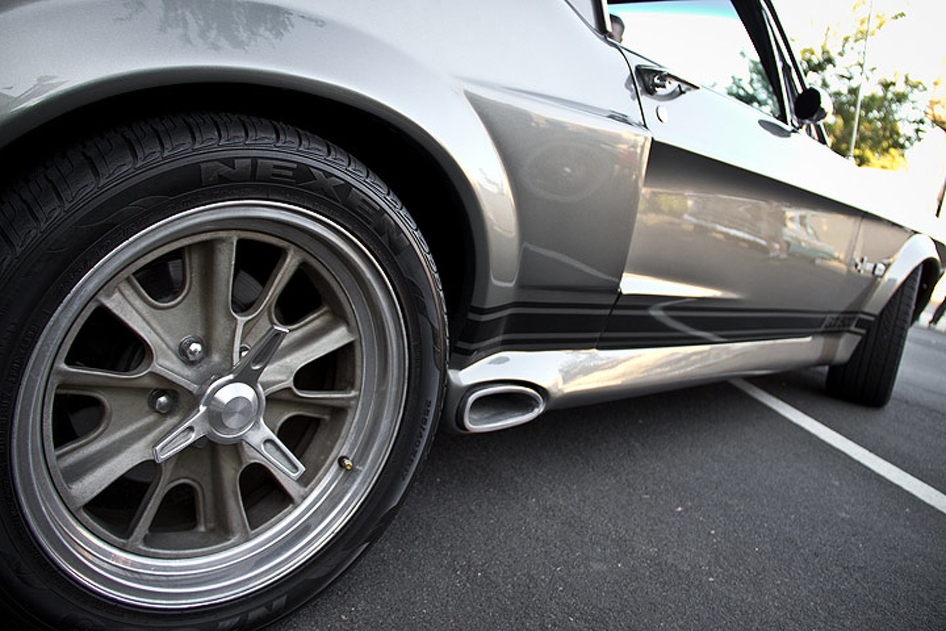 """Tips for Building an Eleanor Mustang from """"Gone in 60 Seconds"""""""