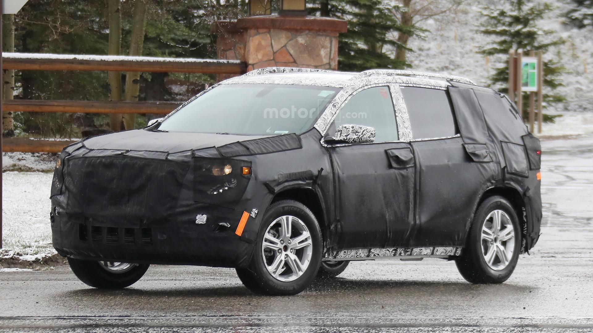 Used Gmc Terrain >> 2018 GMC Terrain spied ahead of a possible debut later this year