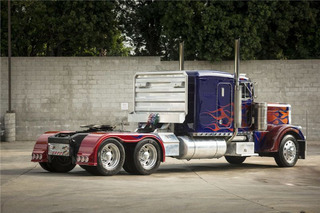 Optimus Prime and Bumblebee Vehicles from