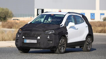 Opel Mokka facelift spy photos