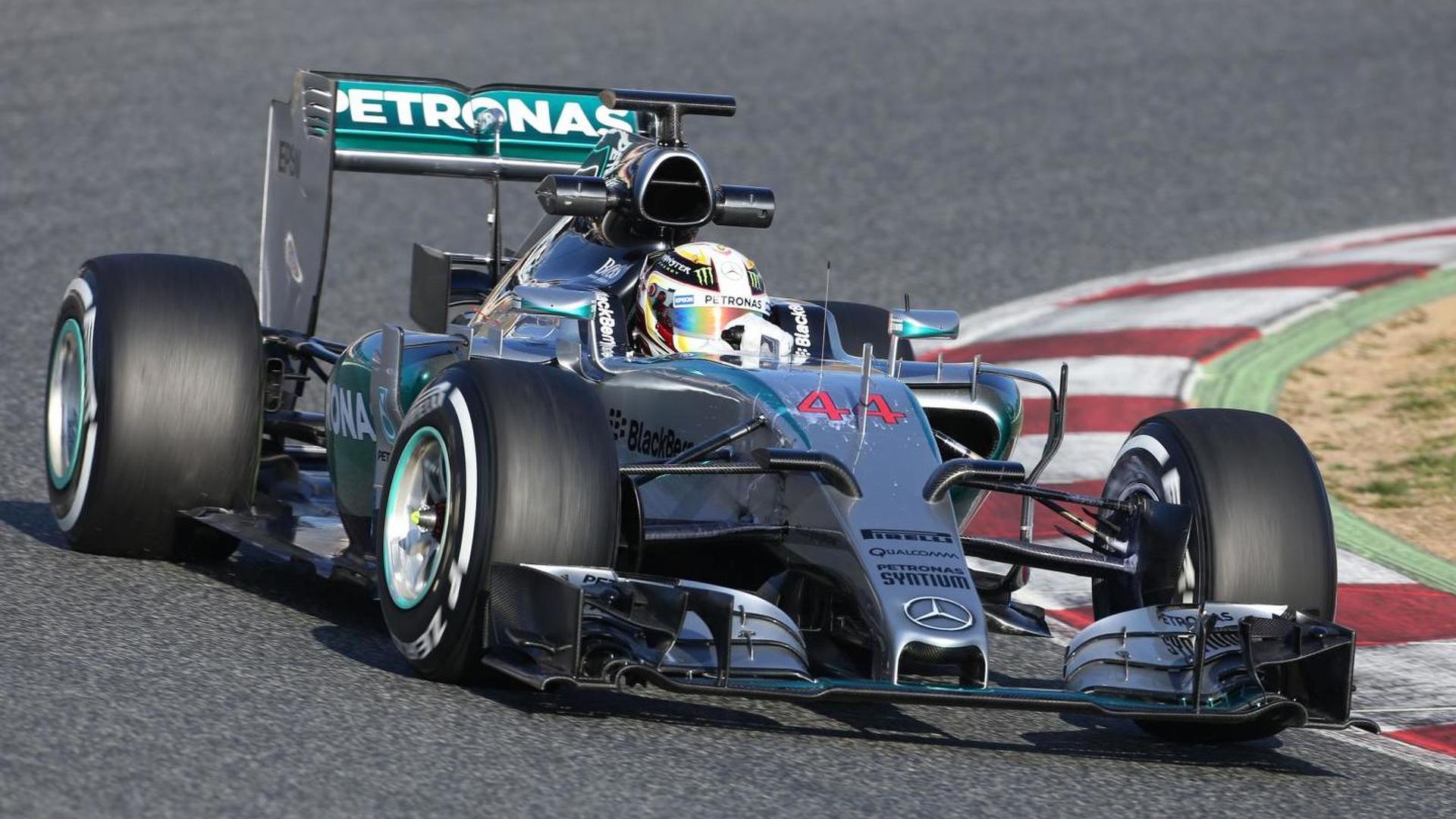 Hamilton unwell as Barcelona test begins