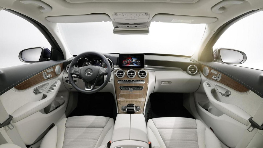 2014 Mercedes-Benz C-Class officially revealed with three engines and AIRMATIC