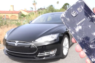 Samsung Galaxy S6 Takes On a Tesla — And the Results Are Impressive