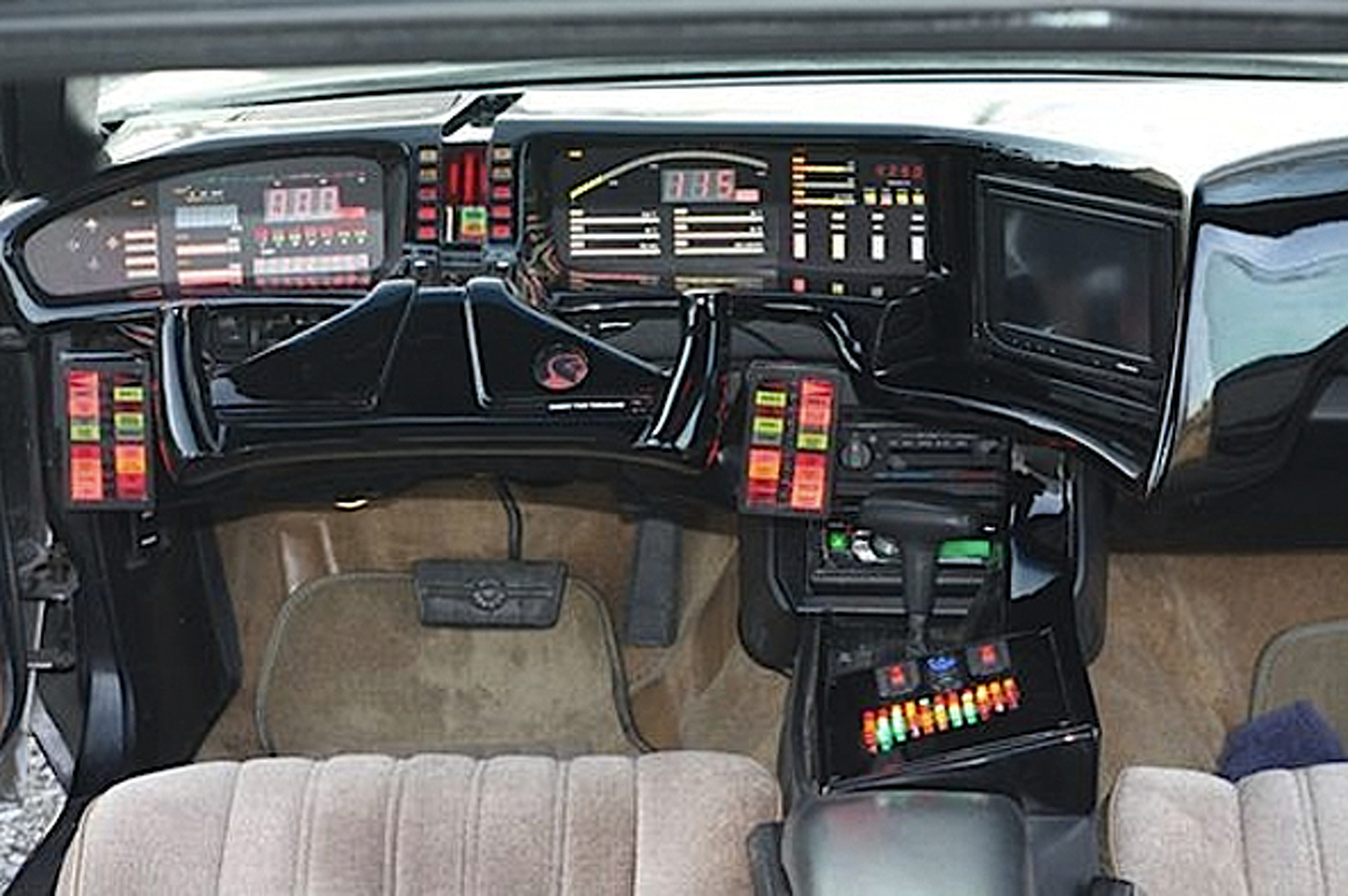 eBay Car of the Week: 1986 Pontiac Firebird Knight Rider Replica