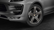Porsche Macan with 21-inch Sport Classic wheels painted in satin platinum