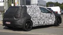 Volkswagen Golf VII R spy photo 23.8.2012 / Automedia
