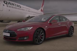 Watch a Tesla Model S Race a Boeing 737