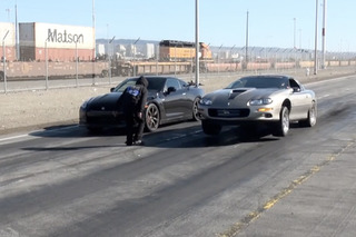 Nissan GT-R Turns a Street Race Into a Cop Chase [video]