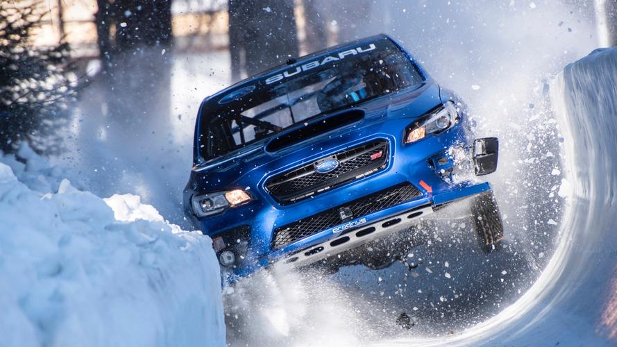 VIDÉO - Une Subaru WRX affronte une piste de bobsleigh