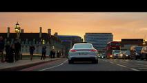 Porsche 919 Hybrid and Panamera 4 E-Hybrid cruise London