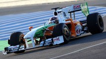 Force India beats outboard-mirror ban in China