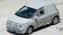 SPY PHOTOS: All New Renault Twingo Latest Pics