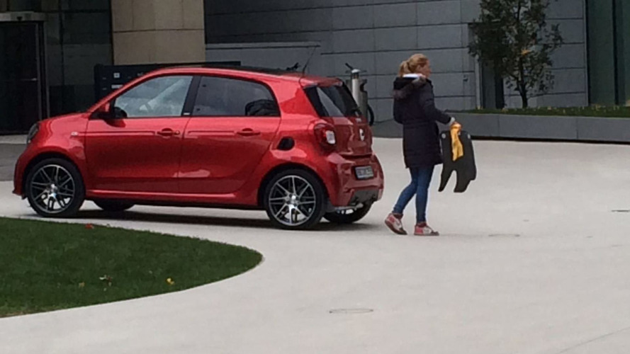 Smart ForTwo, ForFour Brabus spotted undisguised