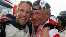 Button says goodbye at father's funeral