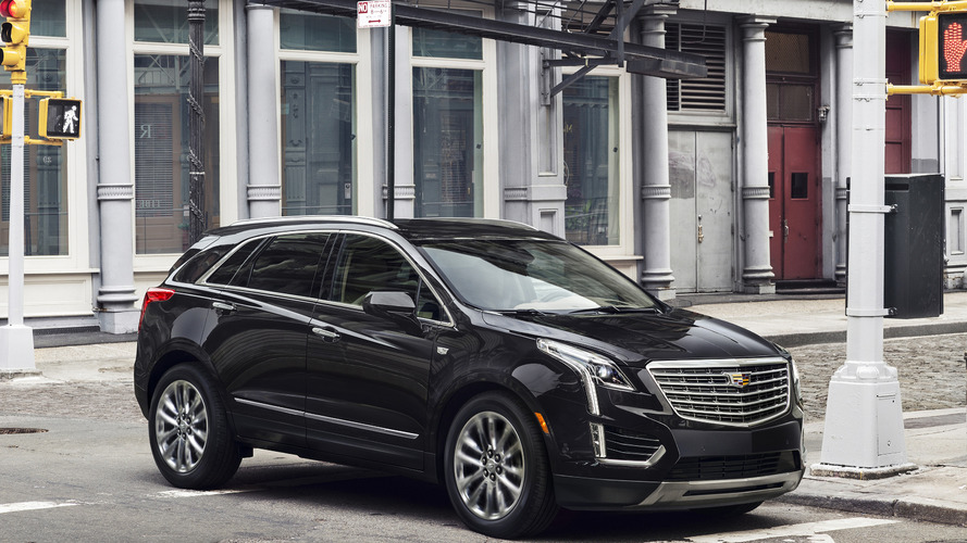 2017 Cadillac XT5 gets detailed