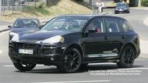 Spy Photos: More Porsche Cayenne Facelift