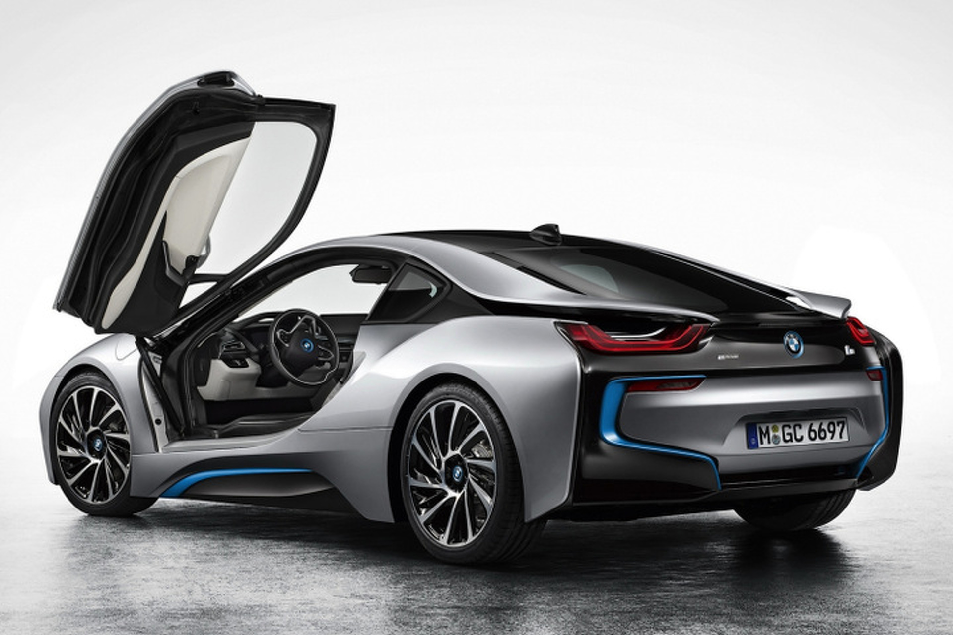 8 High-Powered Hybrids That Will Make You Take Another Look at Green Cars