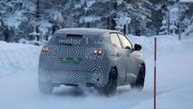 2017 Peugeot 3008 spy photo