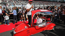 'Bubble car' embarrasses Hamilton in drivers parade