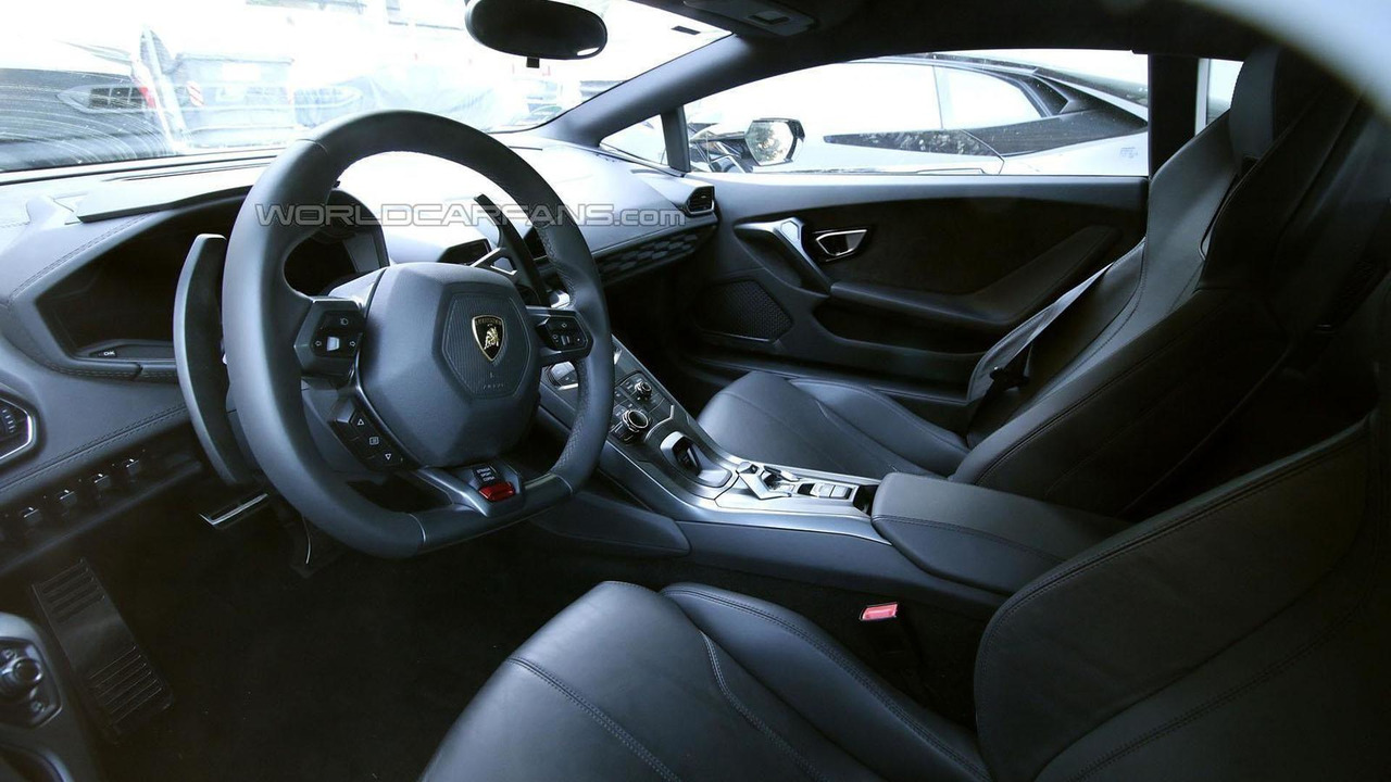 lamborghini huracan sv superleggera spied inside out. Black Bedroom Furniture Sets. Home Design Ideas