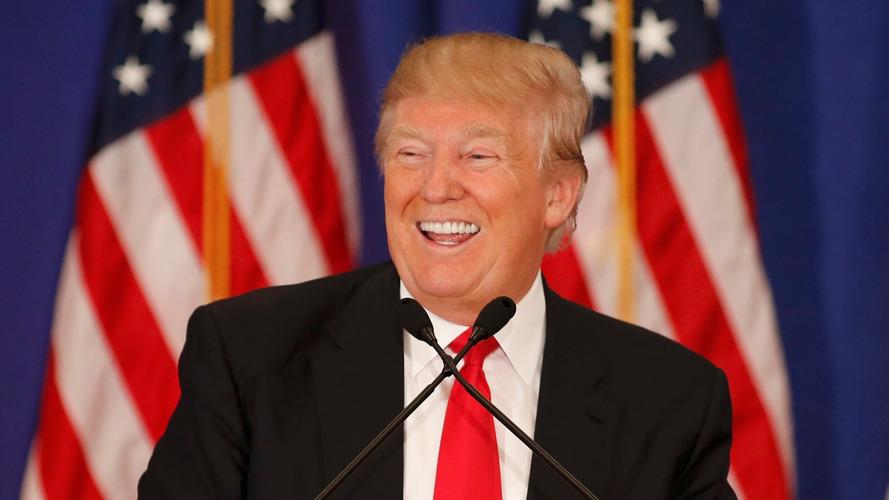 Trump sai do Tratado Transpacífico e diz que vai renegociar NAFTA