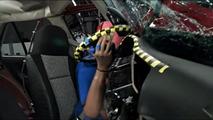 Nissan Tsuru crash test