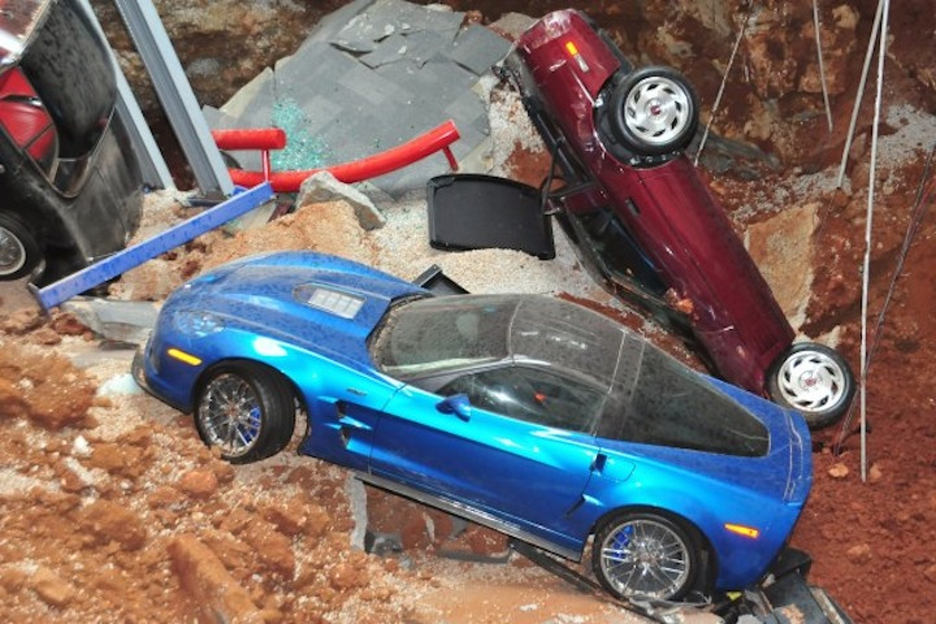 Corvette Museum Will Fill the Sinkhole After All