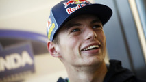 Rookie Verstappen plays down high expectations