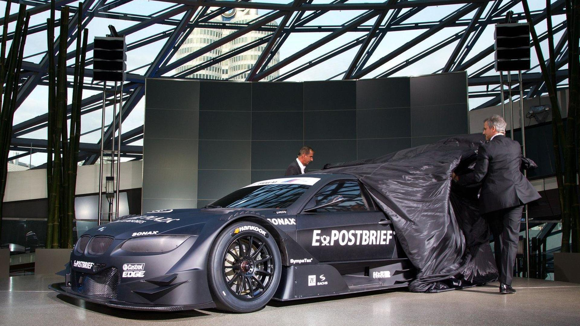BMW celebrates their return to DTM racing [video]