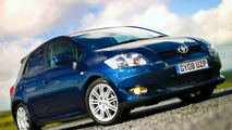 UK Welcomes New Toyota Auris SR