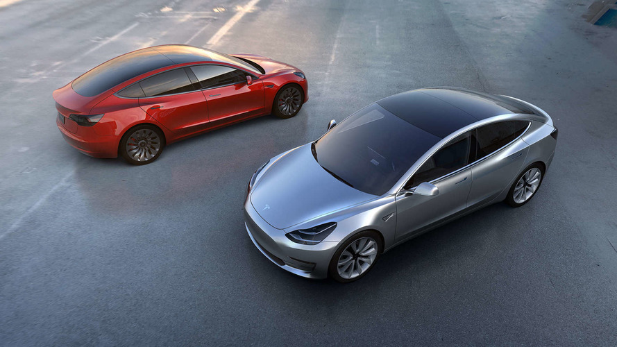 Tesla Model 3 - Plusieurs milliards de dollars de précommande!