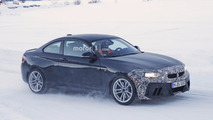 BMW M2 caught in the winter hiding its facelift
