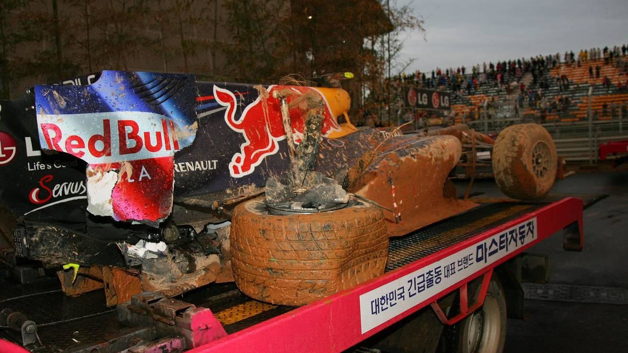 Mark Webber (AUS), Red Bull Racing car after he crashed - Formula 1 World Championship, Rd 17, Korean Grand Prix, 24.10.2010 Yeongam, Korea