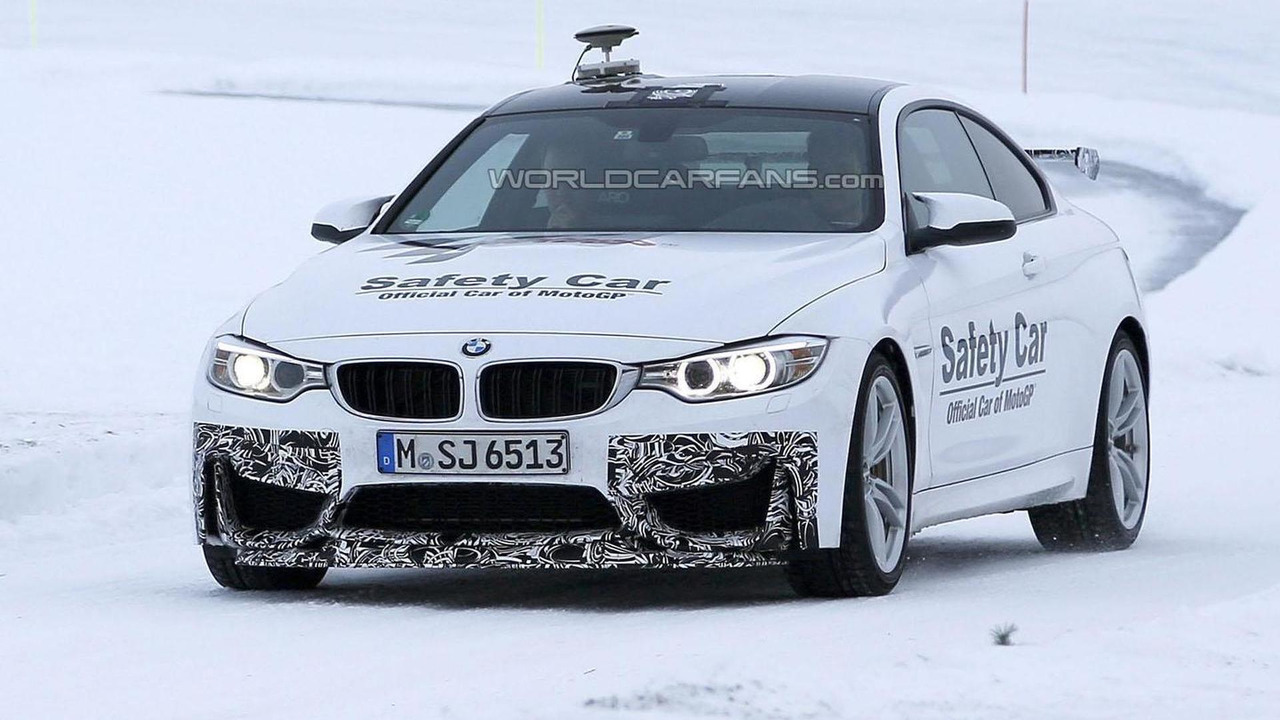 2016 BMW M4 GTS spy photo