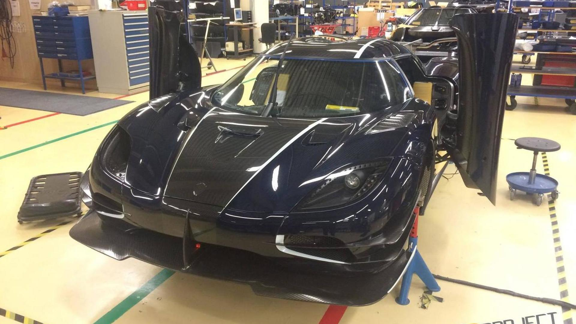 Only RHD Koenigsegg One:1 is in final stages of production, new photos released