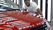 Jaguar Land Rover could lose $1.47 billion if Britain leaves EU