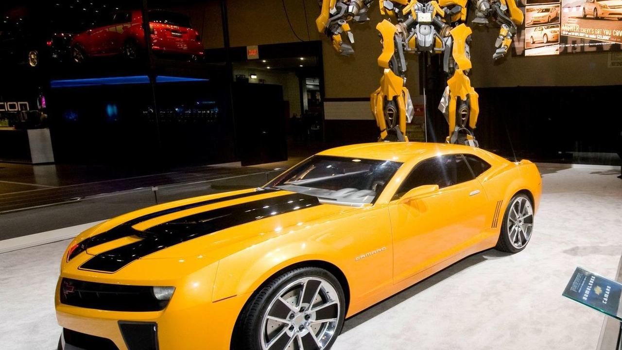 Transformers Bumblebee display at NYIAS 2009