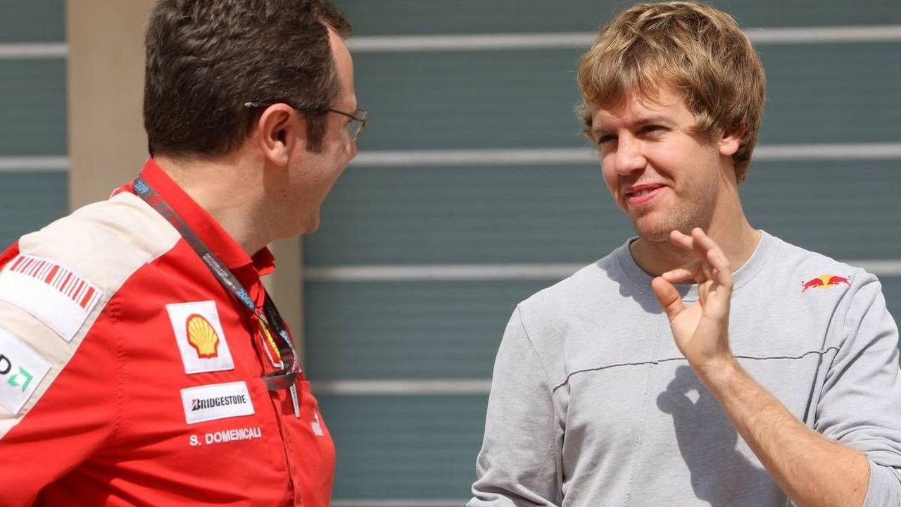 Stefano Domenicali (ITA), Sebastian Vettel (GER), Abu Dhabi Grand Prix, 30.10.2009 Abu Dhabi, United Arab Emirates