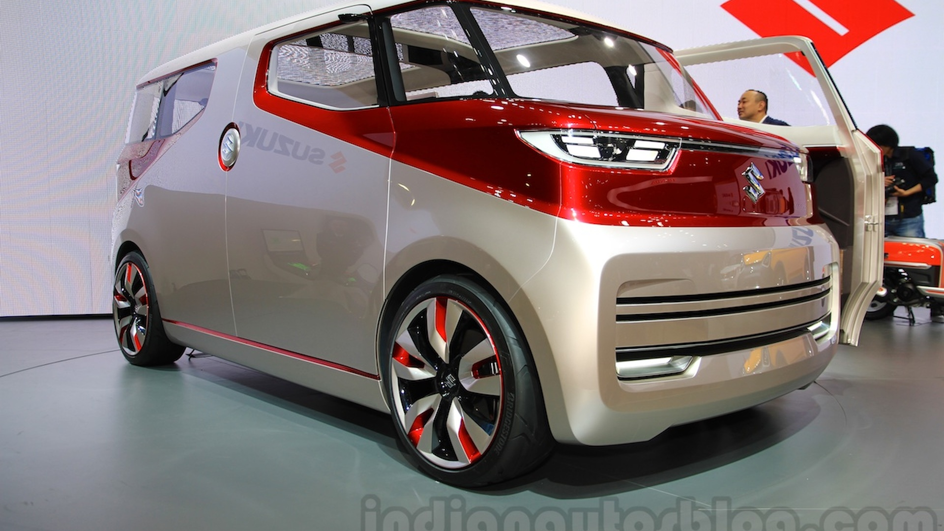 Suzuki reveals two funky concepts in Tokyo