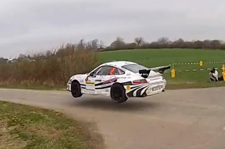 Porsche 911 Rally Car Catching Some Serious Air