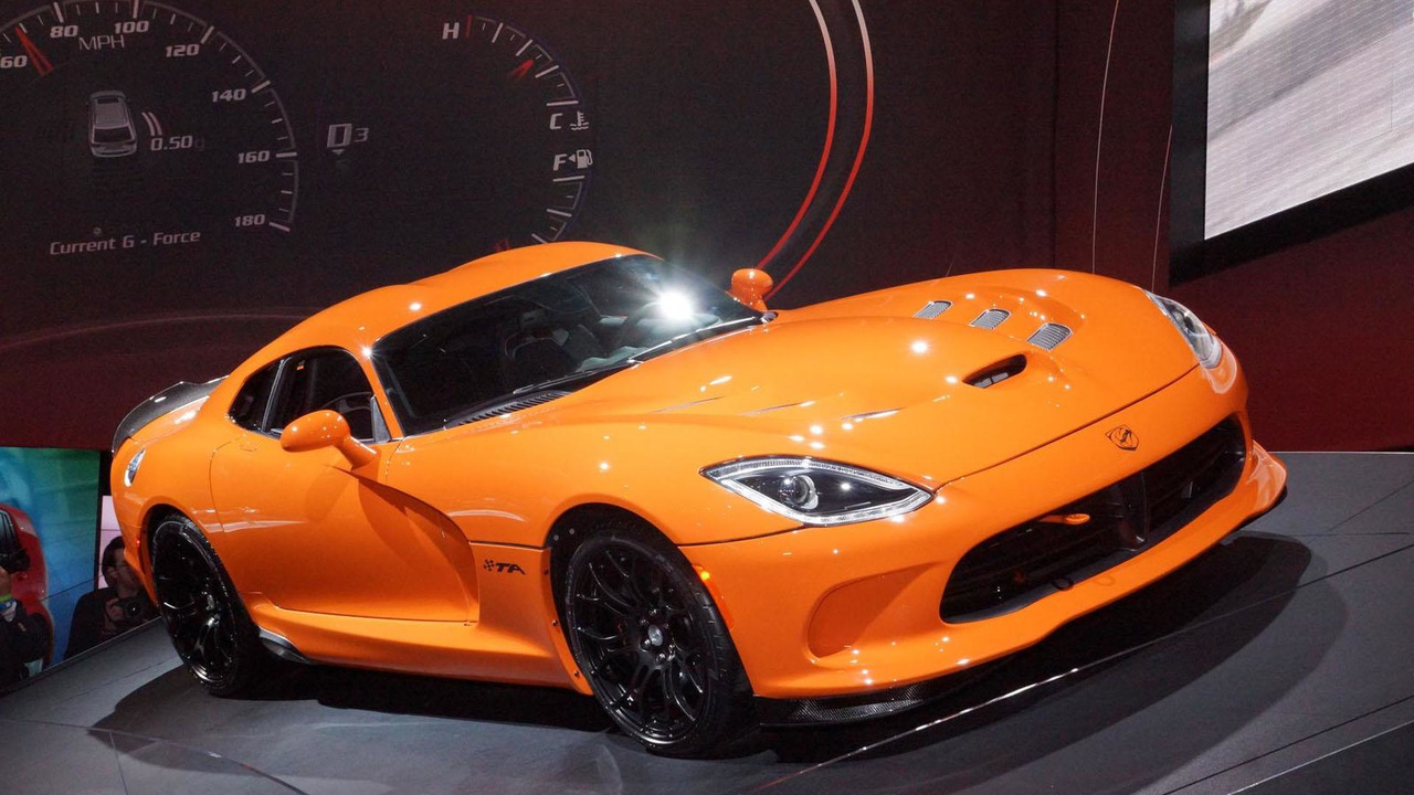 2014 SRT Viper TA live in New York
