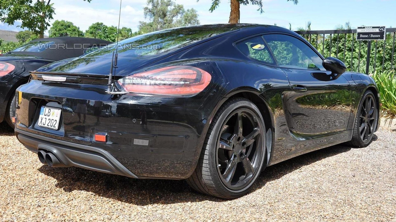 Porsche Cayman facelift spy photo