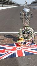 Winners photoshoot- tribute to Dan Wheldon
