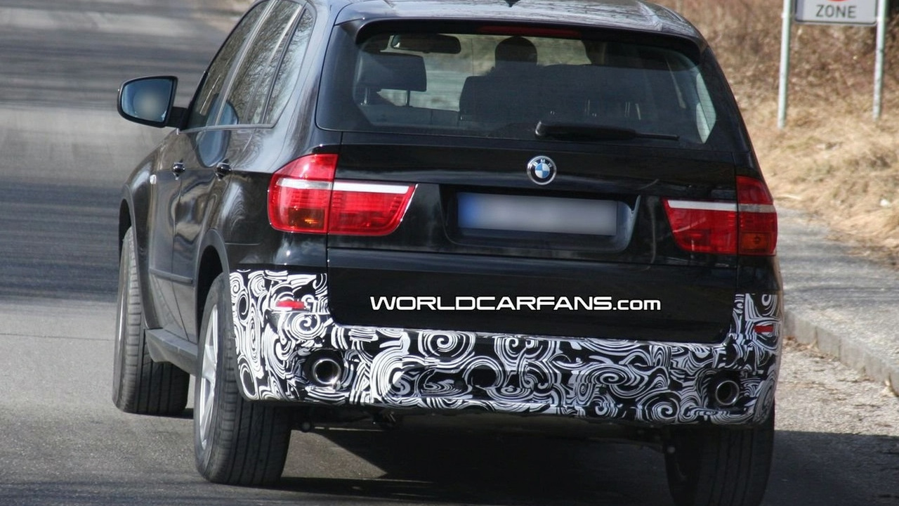 BMW X5 facelift spy photo
