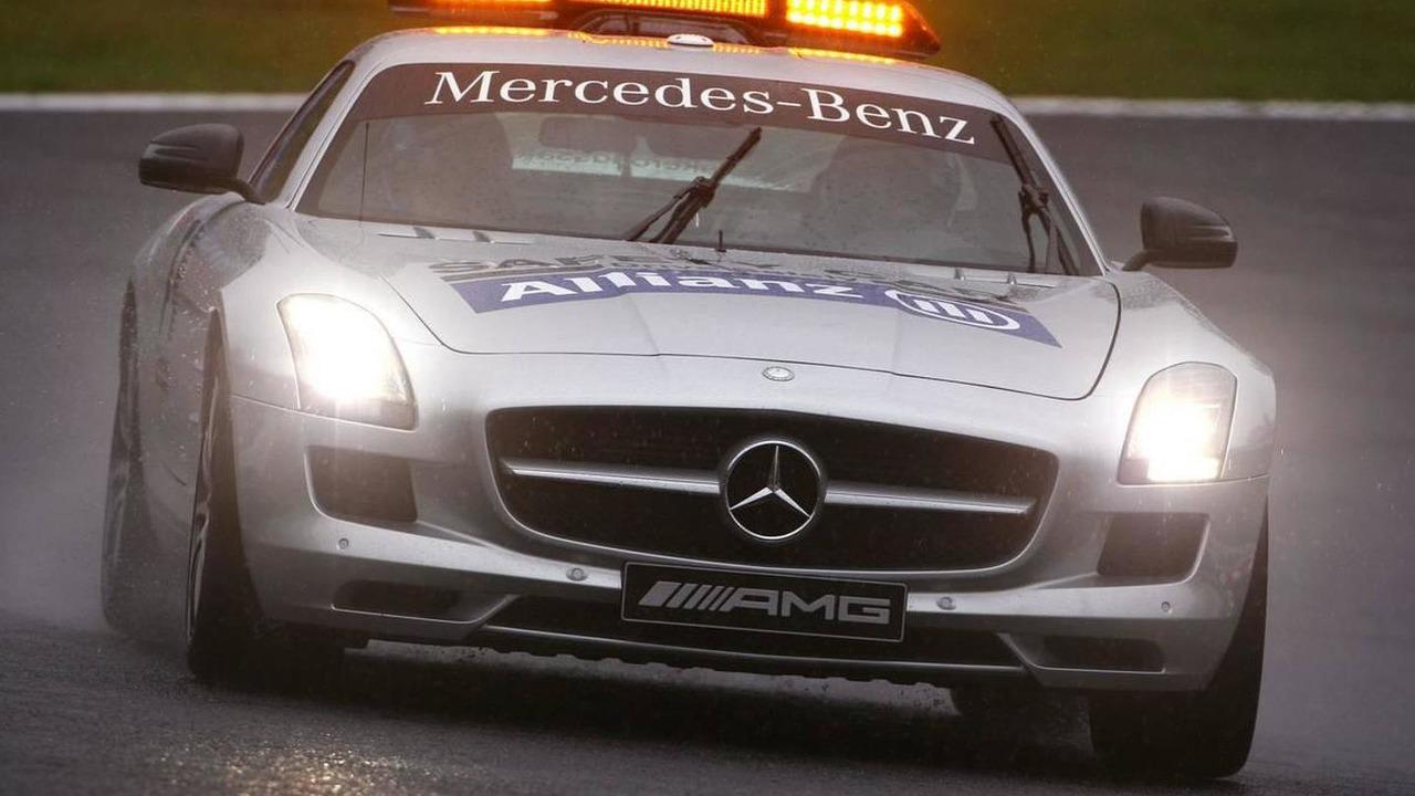 Safety car - Formula 1 World Championship, Rd 16, Japanese Grand Prix, Saturday Practice, 09.10.2010 Suzuka, Japan